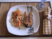 filete de salmon con verduras